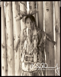 American-Indian-Girl-in-tribal-dress